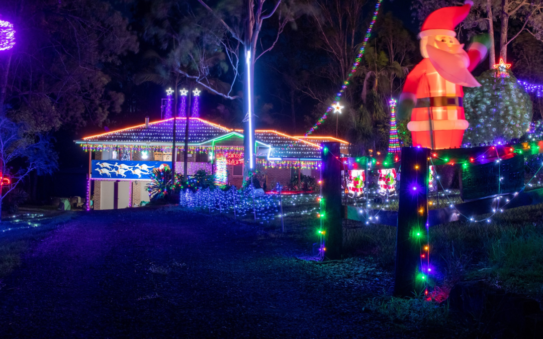 Flagstone hits a record high for Christmas lights entries